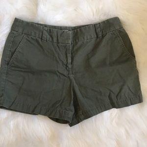 "Loft shorts 4"" size 2 army green"